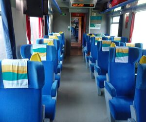 Poltronas da classe executiva do trem da estrada de ferro de Carajás
