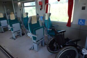 Vagão do trem da estrada de ferro carajás adaptado para deficientes